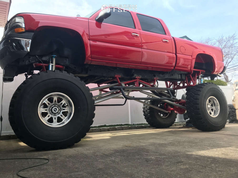 """2001 Chevrolet Silverado 2500 HD Aggressive > 1"""" outside fender on 22x12 -44 offset Weld Racing Cheyenne and 54""""x14"""" Goodyear AT-2A on Air Suspension - Custom Offsets Gallery"""