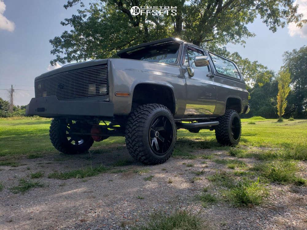 "1984 Chevrolet K5 Blazer Aggressive > 1"" outside fender on 20x12 -51 offset ARKON OFF-ROAD Lincoln and 33""x12.5"" RBP Repulsor Mt on Suspension Lift 4"" - Custom Offsets Gallery"
