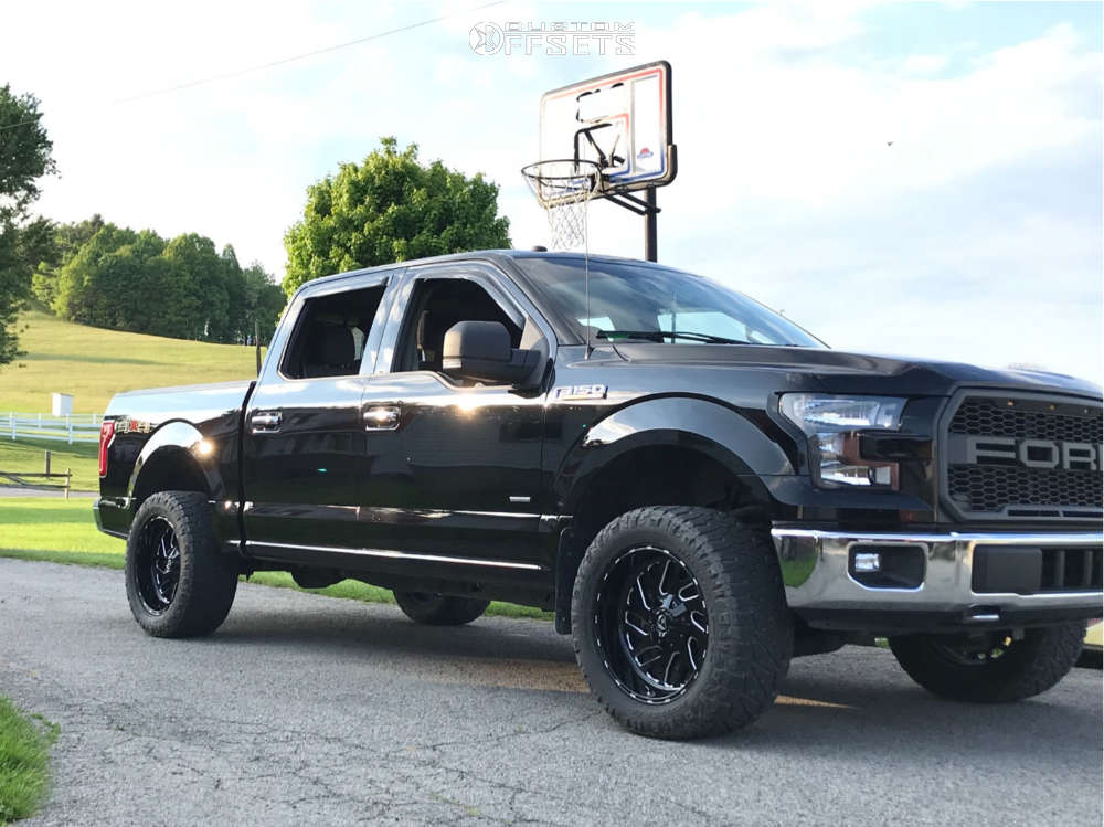 """2017 Ford F-150 Aggressive > 1"""" outside fender on 20x10 -18 offset Fuel Triton D581 and 33""""x12.5"""" Nitto Ridge Grappler on Leveling Kit - Custom Offsets Gallery"""
