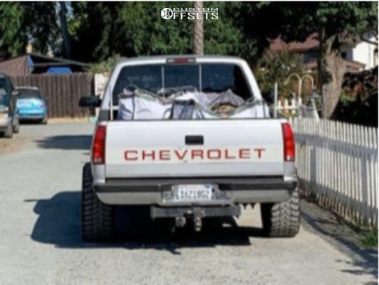 "1996 Chevrolet K1500 Super Aggressive 3""-5"" on 20x10 -24 offset Fuel Hostage & 33""x12.5"" Crosswind M/t on Suspension Lift 4"" - Custom Offsets Gallery"