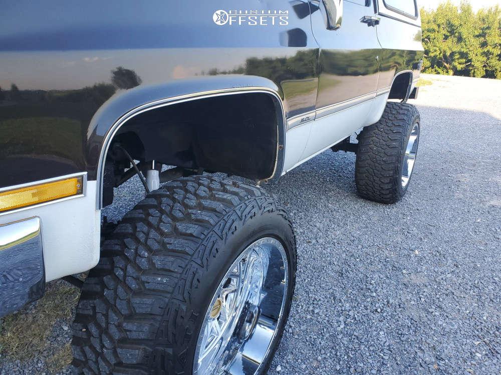 "1984 Chevrolet K5 Blazer Aggressive > 1"" outside fender on 22x14 -76 offset TIS 544c and 37""x13.5"" Kanati Mud Hog on Suspension Lift 8"" - Custom Offsets Gallery"