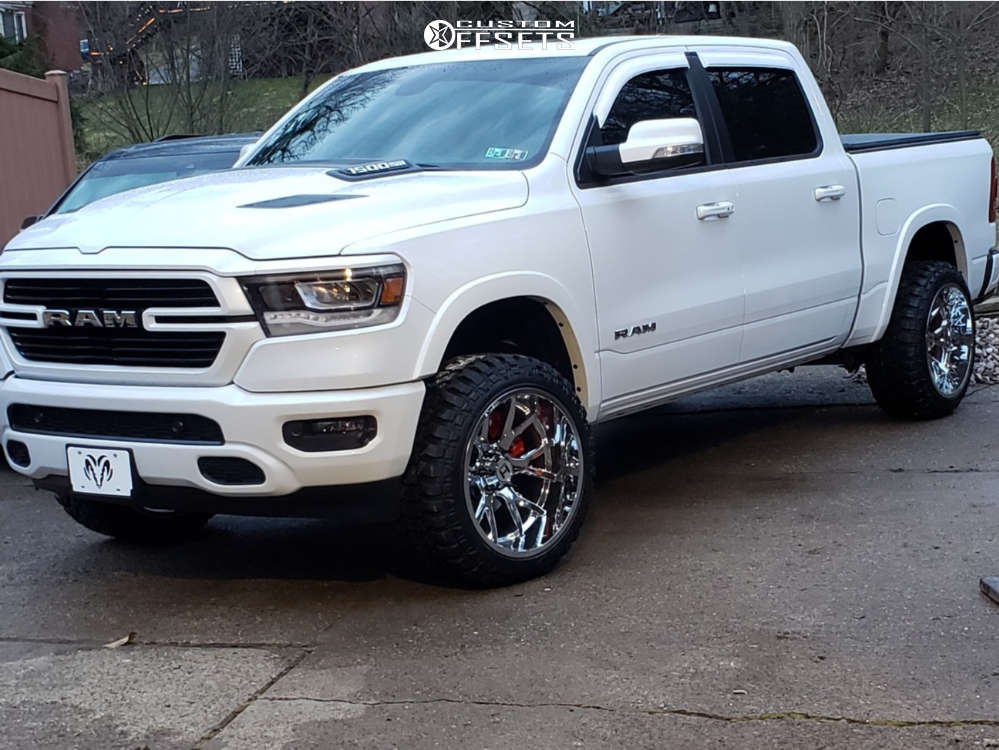 """2019 Ram 1500 Super Aggressive 3""""-5"""" on 22x12 -44 offset Hostile Rage and 33""""x12.5"""" Fury Offroad Country Hunter Mt on Suspension Lift 3.5"""" - Custom Offsets Gallery"""