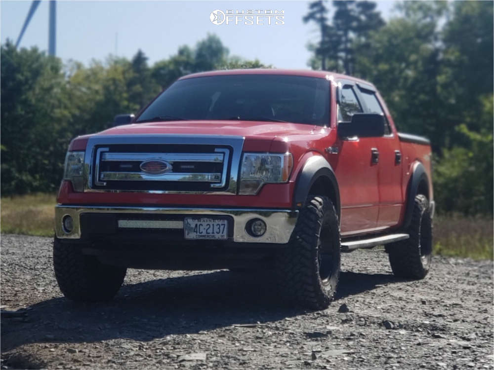 """2014 Ford F-150 Aggressive > 1"""" outside fender on 17x9 -12 offset Gear Off-Road Big block & 35""""x12.5"""" Nitto Trail Grappler on Leveling Kit - Custom Offsets Gallery"""