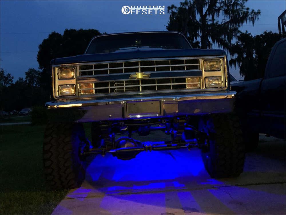 "1987 Chevrolet K10 Aggressive > 1"" outside fender on 15x10 -45 offset Mickey Thompson Classic Iii & 35""x14.5"" Super Swamper Tsl Radial on Suspension Lift 8"" - Custom Offsets Gallery"
