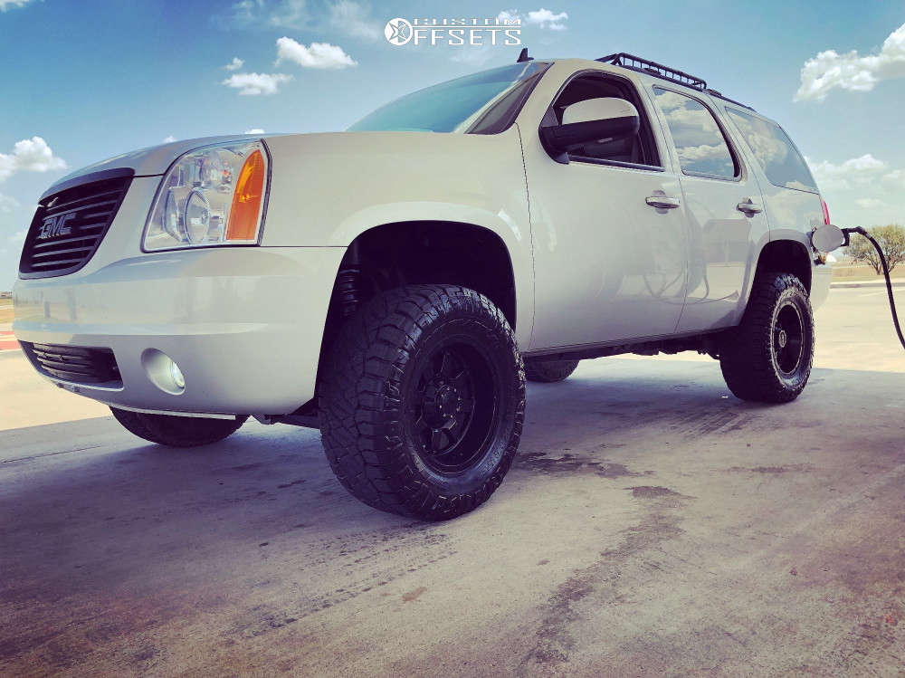 """2010 GMC Yukon Aggressive > 1"""" outside fender on 17x9 -12 offset Gear Off-Road Big Block and 33""""x12.5"""" Nitto Ridge Grappler on Suspension Lift 4"""" - Custom Offsets Gallery"""