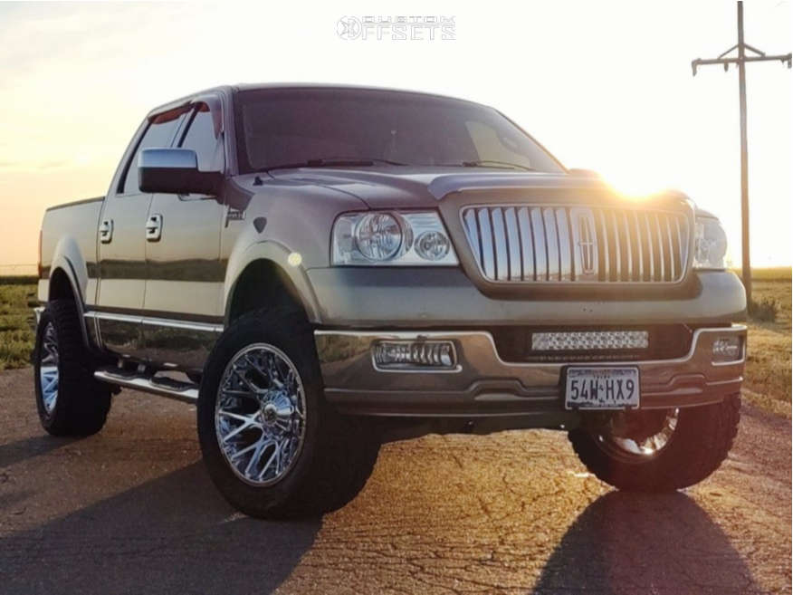 """2006 Lincoln Mark LT Aggressive > 1"""" outside fender on 20x10 -24 offset Dropstars 654c and 33""""x12.5"""" Toyo Tires Open Country R/T on Leveling Kit - Custom Offsets Gallery"""