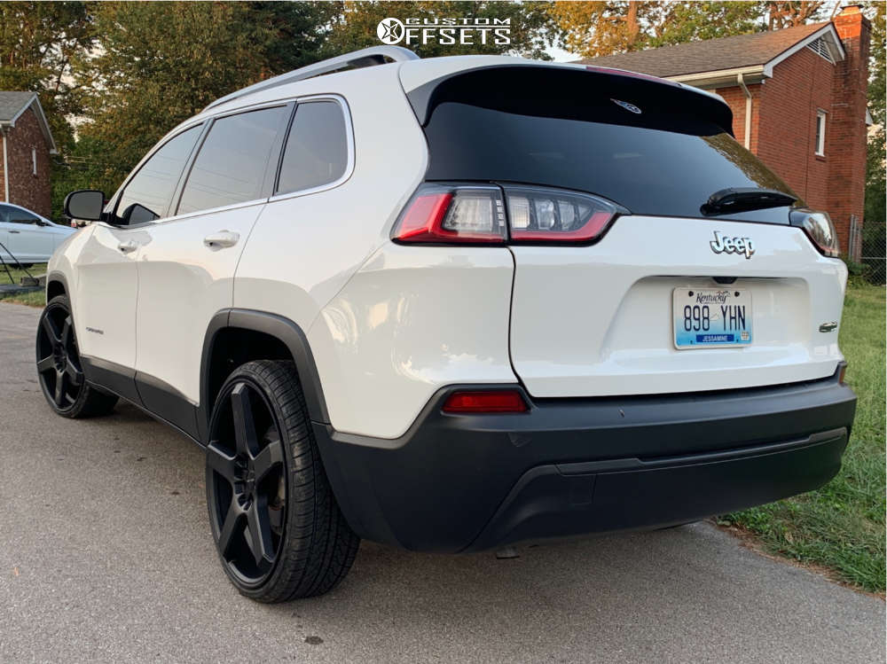 """2019 Jeep Cherokee Aggressive > 1"""" outside fender on 22x8.5 38 offset Milanni Vk-1 & 235/30 Vercelli Strada Ii on Stock Suspension - Custom Offsets Gallery"""