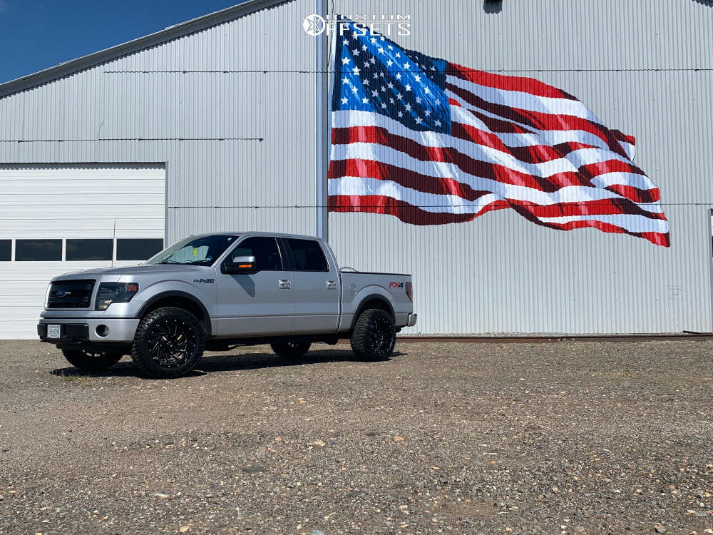 """2013 Ford F-150 Super Aggressive 3""""-5"""" on 20x12 -44 offset Hardrock Crusher and 33""""x12.5"""" Radar Renegade R7 Mt on Leveling Kit - Custom Offsets Gallery"""