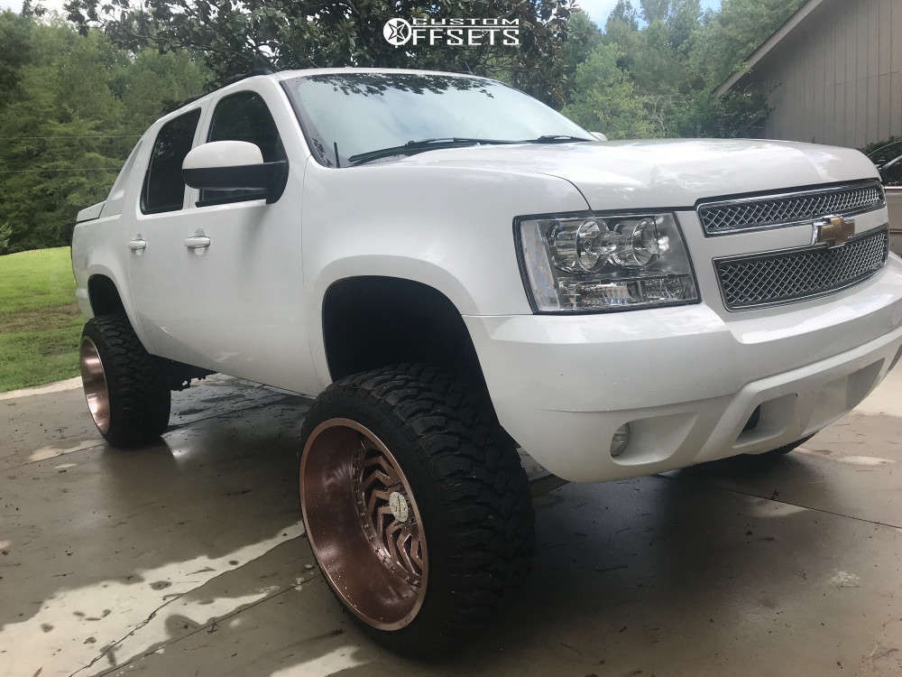 """2007 Chevrolet Avalanche Aggressive > 1"""" outside fender on 24x14 -81 offset ARKON OFF-ROAD Crown Series Victory & 35""""x12.5"""" Comforser Cf3000 on Suspension Lift 7.5"""" - Custom Offsets Gallery"""
