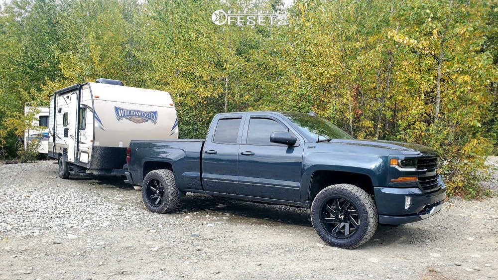 """2017 Chevrolet Silverado 1500 Aggressive > 1"""" outside fender on 20x10 -25 offset ARKON OFF-ROAD Lincoln and 33""""x12.5"""" Nitto Ridge Grappler on Leveling Kit - Custom Offsets Gallery"""