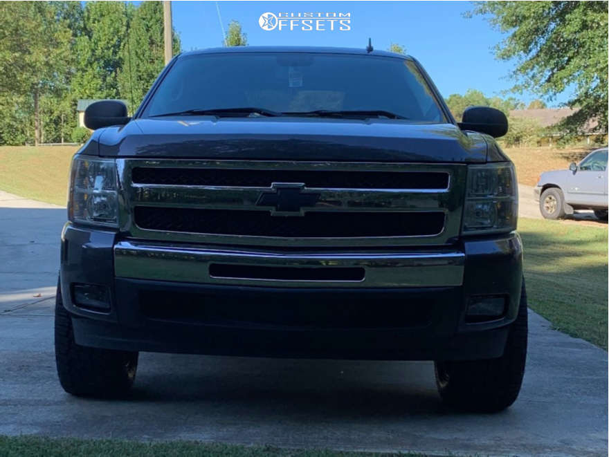 """2010 Chevrolet Silverado 1500 Aggressive > 1"""" outside fender on 20x10 -18 offset Fuel Rebel and 305/50 Nitto Terra Grappler G2 on Leveling Kit - Custom Offsets Gallery"""