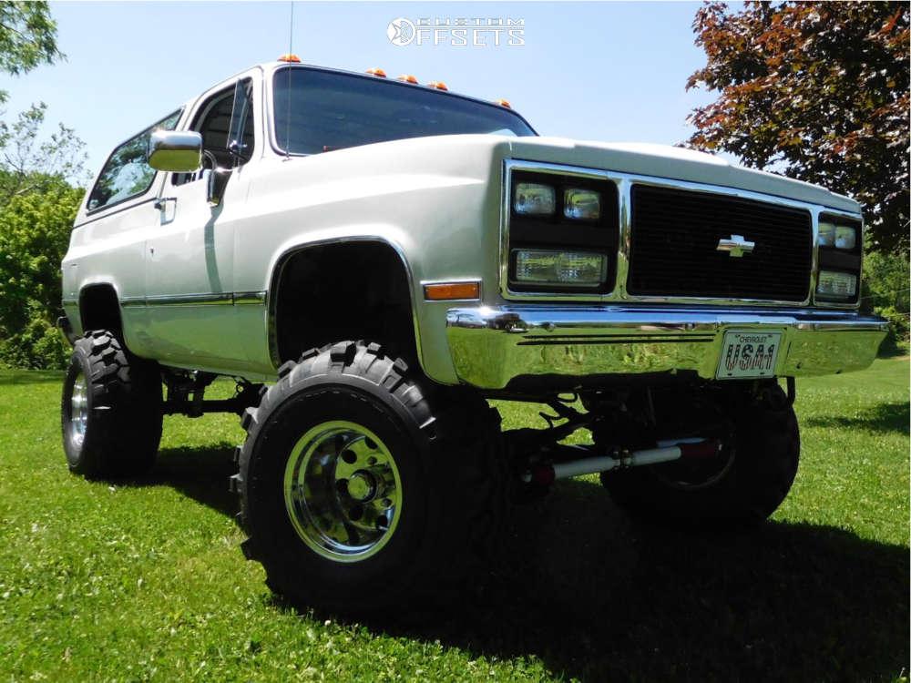 "1990 Chevrolet Blazer Slightly Aggressive on 15x10 -46 offset Eagle Alloy Type 164 & 35""x15.5"" Super Swamper Tsl Bias on Suspension Lift 6"" - Custom Offsets Gallery"