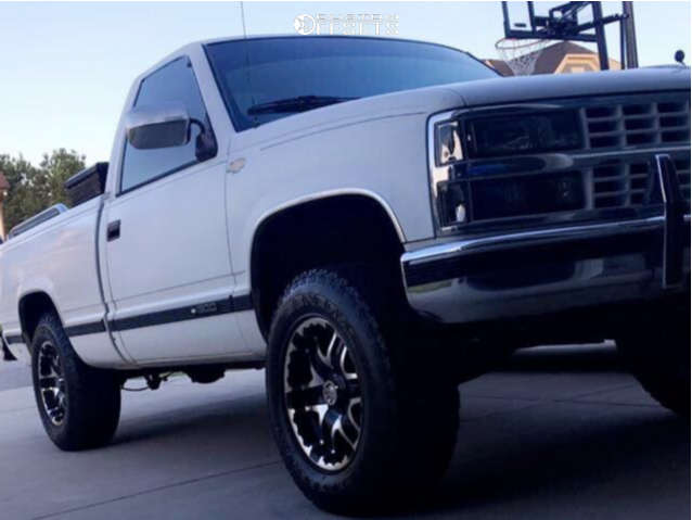 """1989 Chevrolet C1500 Aggressive > 1"""" outside fender on 17x9 10 offset Gear Off-Road Double Pump & 275/70 General Grabber Atx on Suspension Lift 4.5"""" - Custom Offsets Gallery"""