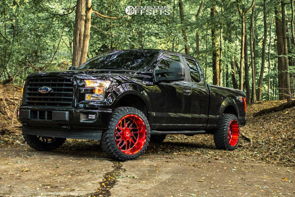 """2017 Ford F-150 Aggressive > 1"""" outside fender on 22x12 -44 offset TIS 544rm and 33""""x12.5"""" Atturo Trail Blade Mt on Leveling Kit - Custom Offsets Gallery"""