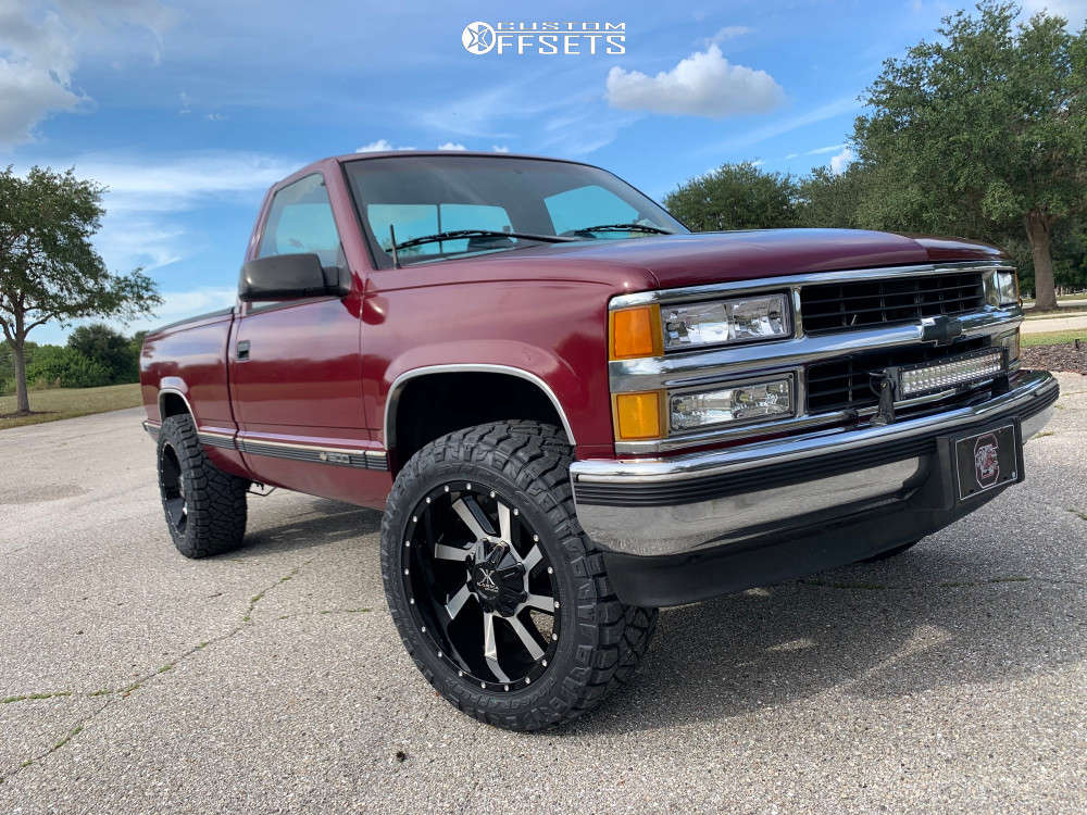 "1995 Chevrolet C1500 Aggressive > 1"" outside fender on 20x10 -24 offset Karma Offroad K23 & 275/55 Nitto Ridge Grappler on Leveling Kit - Custom Offsets Gallery"
