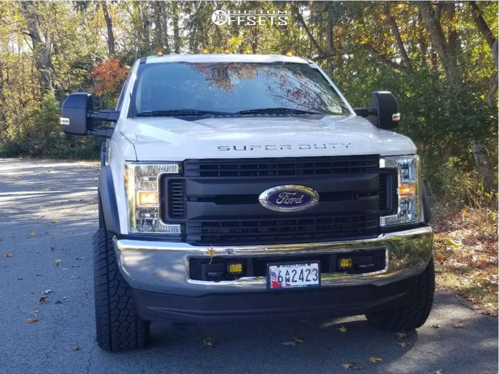 """2018 Ford F-350 Super Duty Aggressive > 1"""" outside fender on 20x12 -44 offset Worx Conquest and 305/55 Radar Renegade At5 on Leveling Kit - Custom Offsets Gallery"""