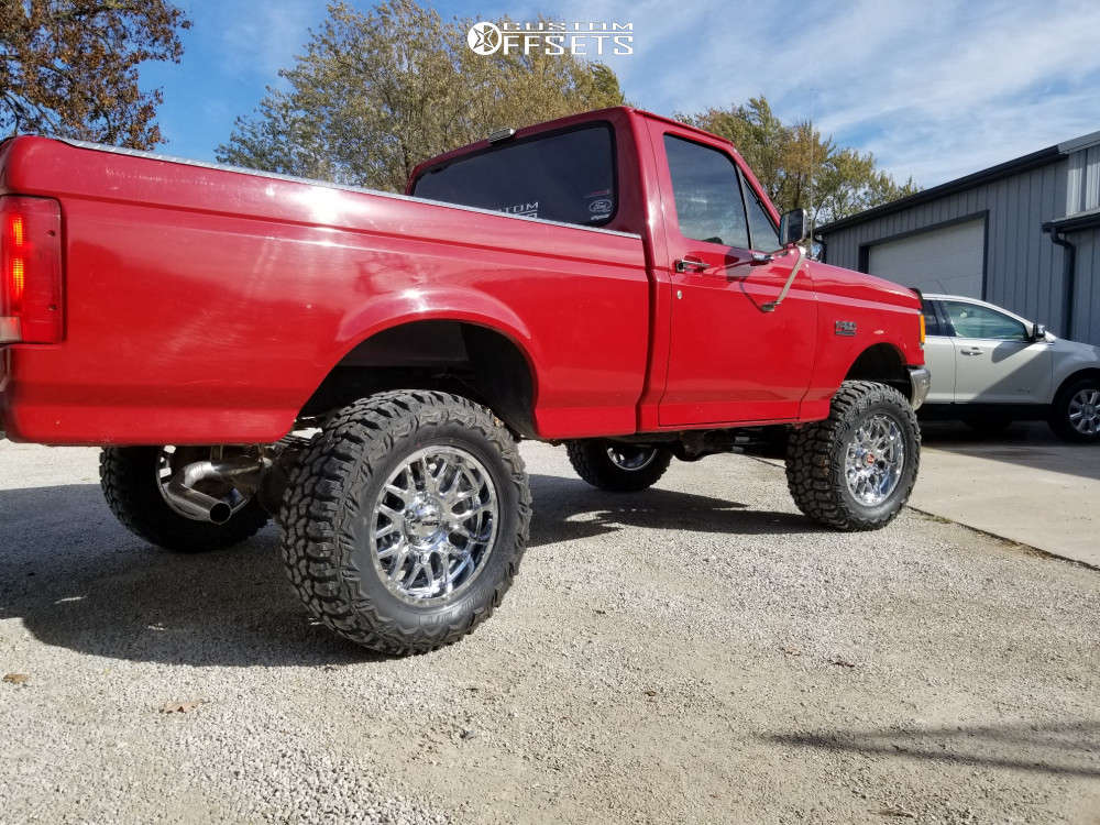 """1988 Ford F-150 Aggressive > 1"""" outside fender on 18x9 -12 offset Ultra Hunter and 33""""x12.5"""" Thunderer Trac Grip M/t on Suspension Lift 4"""" - Custom Offsets Gallery"""