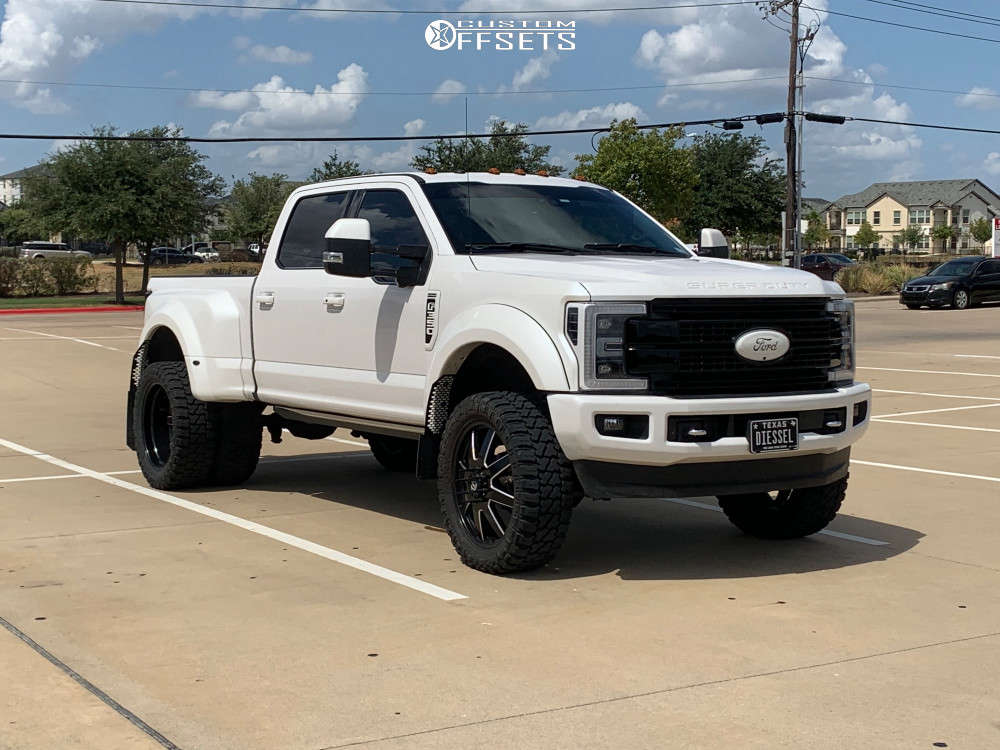 """2018 Ford F-350 Super Duty Aggressive > 1"""" outside fender on 24x8.25 -227 offset Fuel Maverick and 37""""x13.5"""" Fury Offroad Country Hunter Mt on Suspension Lift 3.5"""" - Custom Offsets Gallery"""
