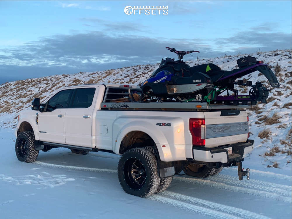 """2019 Ford E-350 Super Duty Aggressive > 1"""" outside fender on 22x10 -18 offset Fuel Triton and 35""""x12.5"""" Fuel Mud Gripper on Suspension Lift 4"""" - Custom Offsets Gallery"""