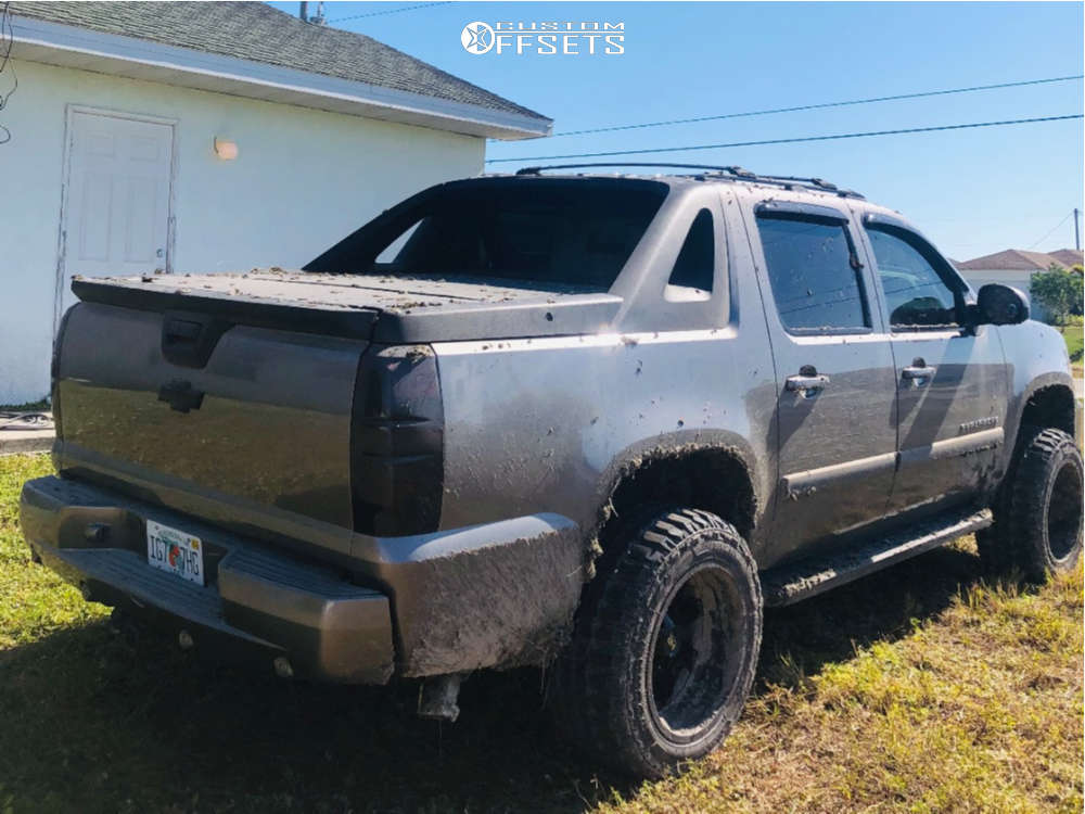 """2007 Chevrolet Avalanche Super Aggressive 3""""-5"""" on 20x12 -44 offset Hardrock Tank & 33""""x12.5"""" Federal Couragia Mt on Suspension Lift 3"""" - Custom Offsets Gallery"""