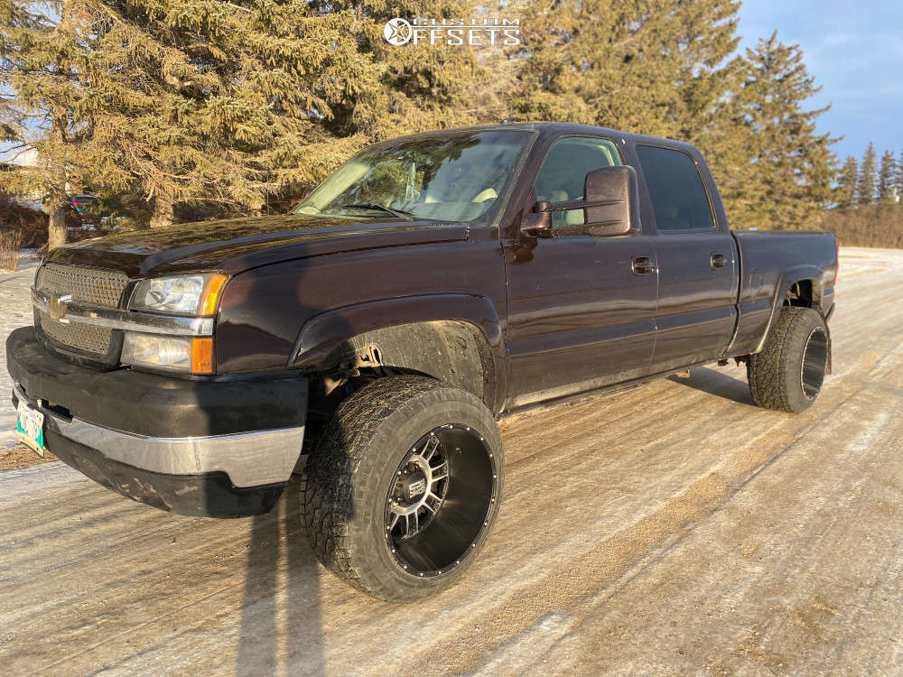 """2003 Chevrolet Silverado 2500 HD Classic Aggressive > 1"""" outside fender on 20x14 -76 offset Xd Riot & 33""""x12.5"""" Radar Renegade At-5 on Stock Suspension - Custom Offsets Gallery"""