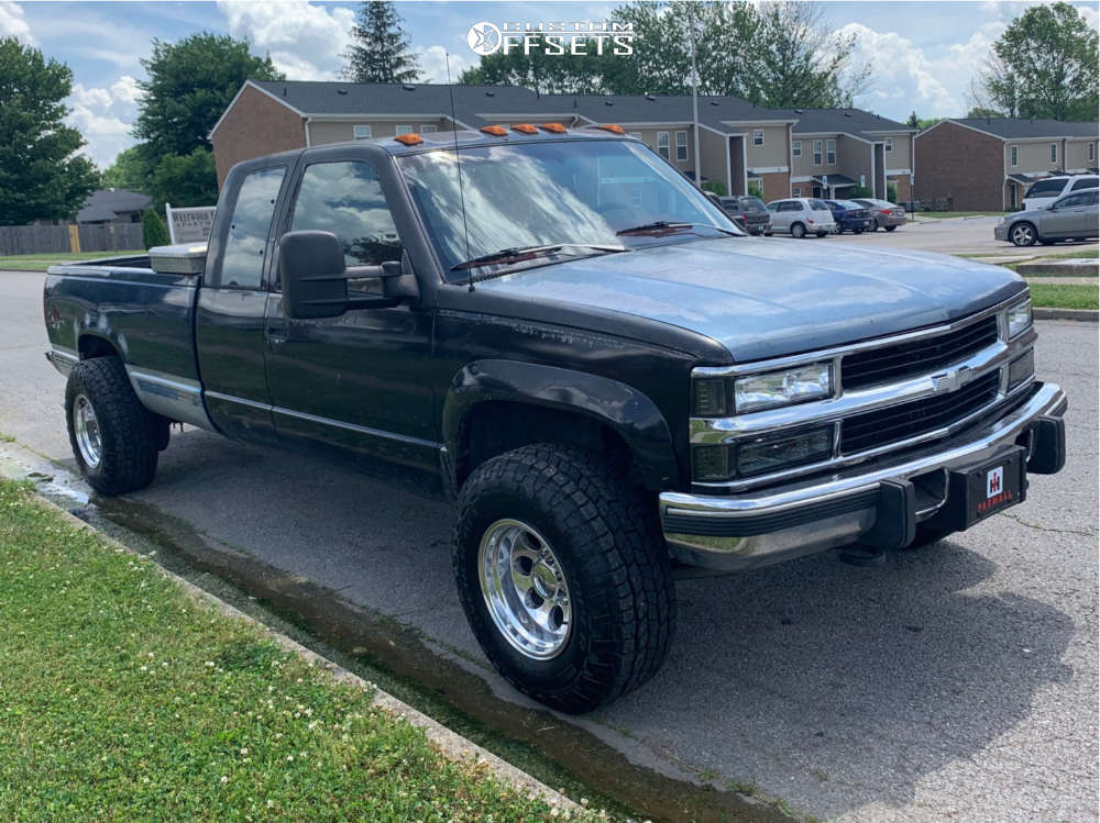 """1993 Chevrolet K3500 Aggressive > 1"""" outside fender on 16x10 -38 offset Alloy Ion 171 and 285/75 Cooper Discoverer At3 Xlt on Stock Suspension - Custom Offsets Gallery"""