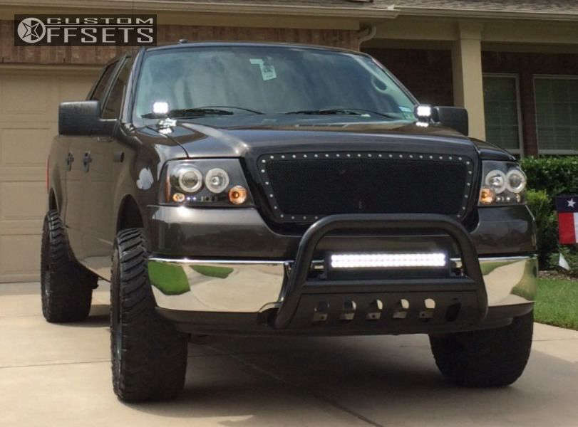 """2007 Ford F-150 Slightly Aggressive on 20x9 -12 offset Mb Wheels Stryker and 33""""x12.5"""" Durun Mud Terrain on Leveling Kit - Custom Offsets Gallery"""