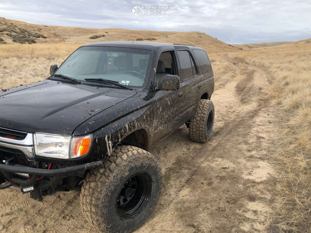 """2001 Toyota 4Runner Hella Stance >5"""" on 15x10 -44 offset Pro Comp 51 and 33""""x12.5"""" Mickey Thompson Baja Atz P3 on Stock - Custom Offsets Gallery"""