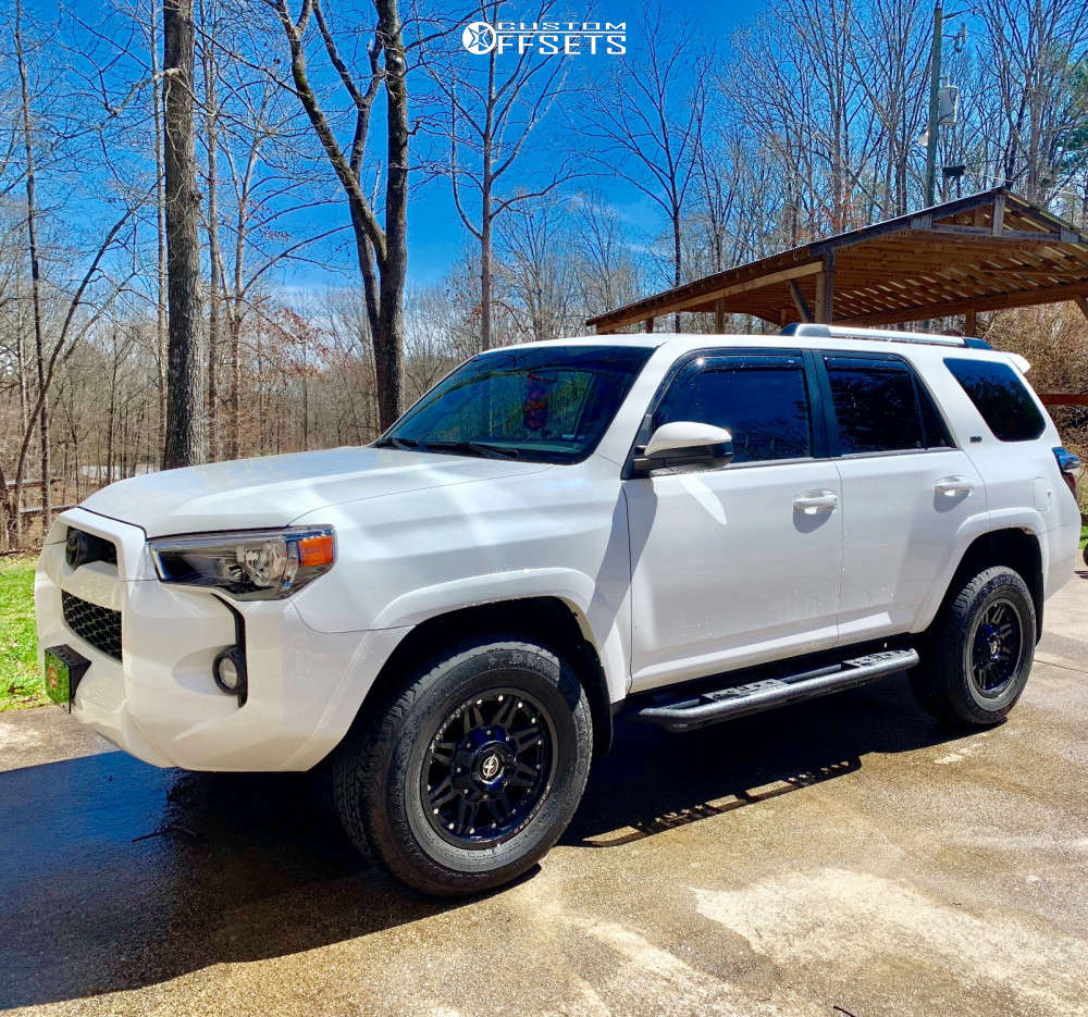 2019 Toyota 4Runner Slightly Aggressive on 17x9 -12 offset XF Offroad Xf-204 and 265/70 Dunlop Grandtrek AT20 on Stock Suspension - Custom Offsets Gallery
