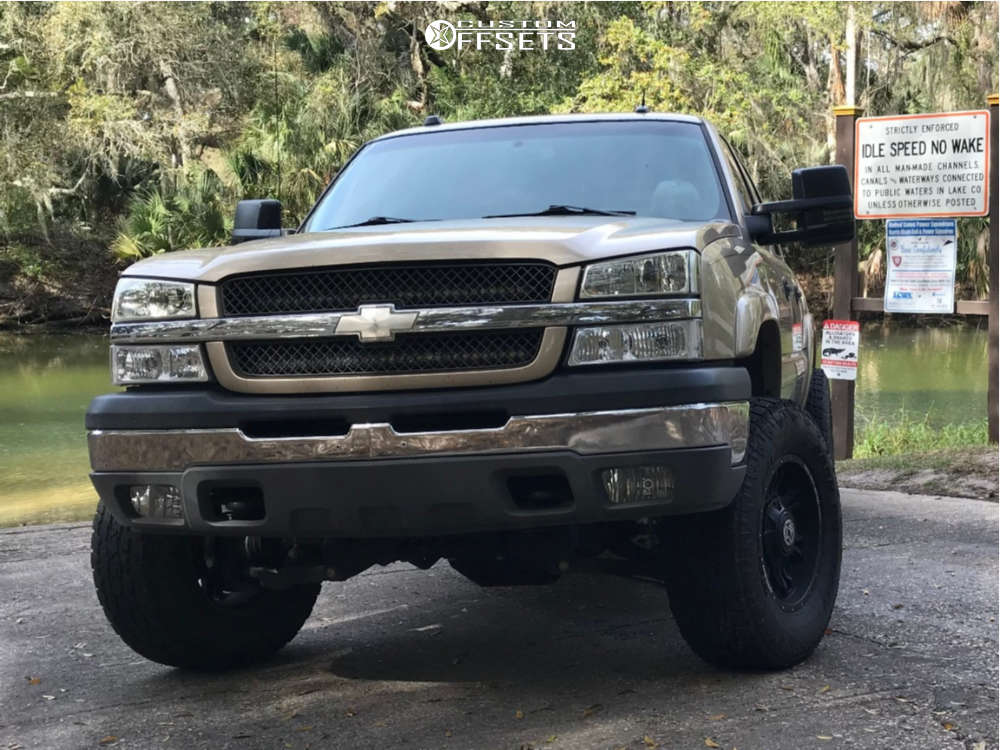 """2005 Chevrolet Silverado 2500 Aggressive > 1"""" outside fender on 18x9 -12 offset Anthem Off-Road Aviator & 295/70 Toyo Tires Open Country A/t Ii on Suspension Lift 4.5"""" - Custom Offsets Gallery"""