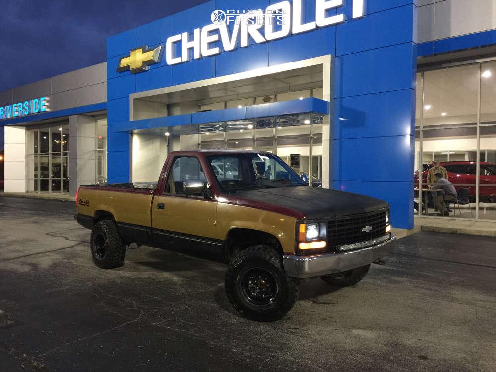 "1988 Chevrolet K2500 Super Aggressive 3""-5"" on 15x10 -38 offset Pacer Black Daytona & 33""x12.5"" Rbp Repulsor Mt on Suspension Lift 2.5"" - Custom Offsets Gallery"
