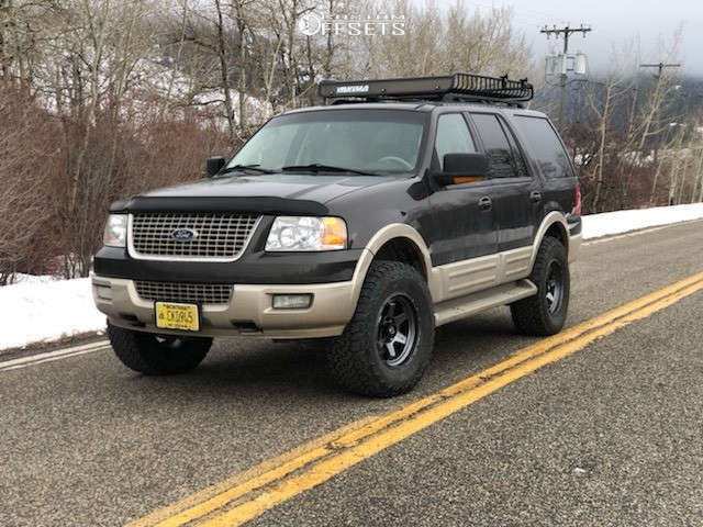 """2006 Ford Expedition Aggressive > 1"""" outside fender on 18x9 1 offset Fuel Shok and 35""""x12.5"""" BFGoodrich All Terrain Ta Ko2 on Suspension Lift 3"""" - Custom Offsets Gallery"""