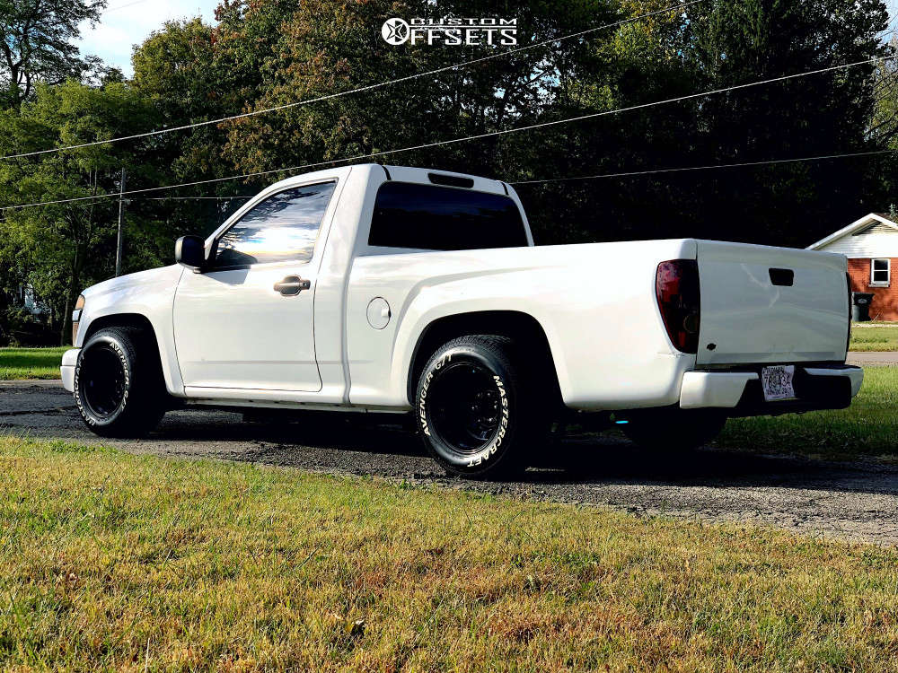"""2004 Chevrolet Colorado Aggressive > 1"""" outside fender on 15x10 -38 offset Bart D Window & 27""""x9.5"""" Mastercraft Avenger Gt on Lowered 2F / 4R - Custom Offsets Gallery"""