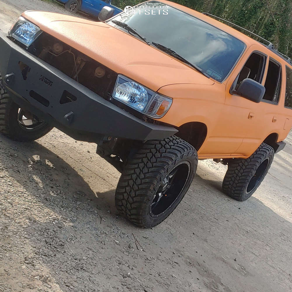"""1997 Toyota 4Runner Aggressive > 1"""" outside fender on 20x10 -24 offset Moto Metal Mo970 and 285/55 AMP Mud Terrain Attack Mt A on Suspension Lift 3.5"""" - Custom Offsets Gallery"""