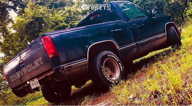 """1998 Chevrolet C1500 Aggressive > 1"""" outside fender on 15x10 -44 offset Eagle Alloy 028 & 275/55 Hankook Ventus H101 on Level 2"""" Drop Rear - Custom Offsets Gallery"""