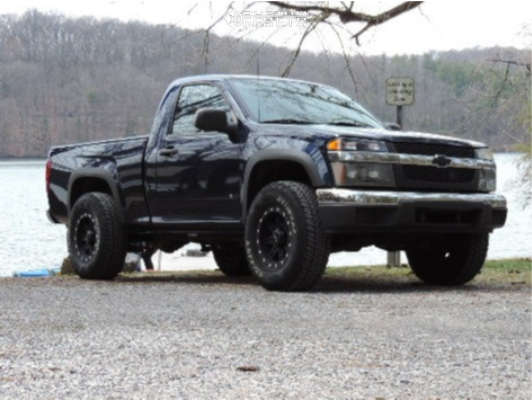"""2008 Chevrolet Colorado Aggressive > 1"""" outside fender on 16x8 0 offset Pro Comp Series 31 & 32""""x10.5"""" General Grabber Apt on Suspension Lift 2.5"""" - Custom Offsets Gallery"""