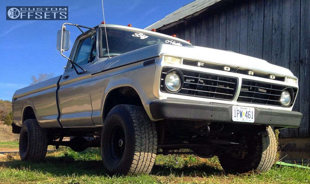 """1974 Ford F-250 Slightly Aggressive on 15x10 -76 offset Pro Comp series 52 and 33""""x12.5"""" Peerless Wide Track Baja on Stock - Custom Offsets Gallery"""