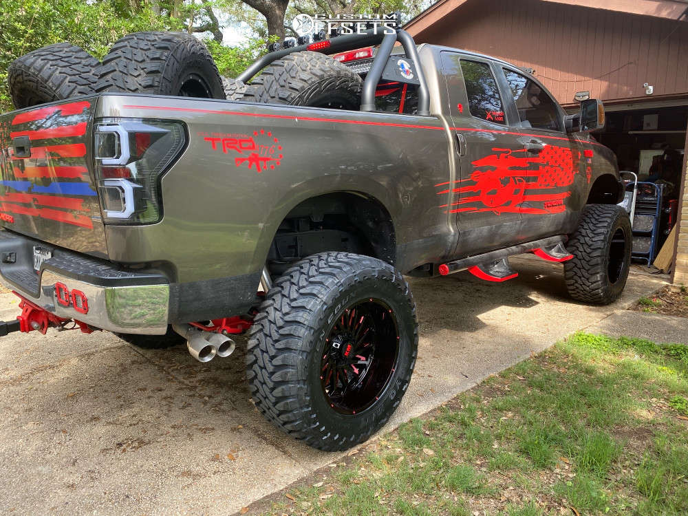 """2008 Toyota Tundra Aggressive > 1"""" outside fender on 22x12 -44 offset Xtreme Mudder XM-330 and 40""""x15.5"""" Toyo Tires Open Country M/T on Suspension Lift 6"""" - Custom Offsets Gallery"""