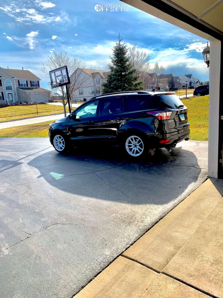 2018 Ford Escape Nearly Flush on 18x8.5 35 offset Vors Tr4 and 235/40 Toyo Tires Extensa A/s on Coilovers - Custom Offsets Gallery