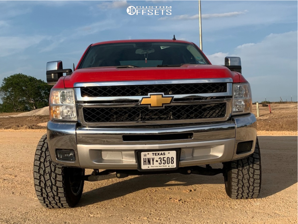 "2013 Chevrolet Silverado 1500 Aggressive > 1"" outside fender on 20x12 -51 offset ARKON OFF-ROAD Caesar and 33""x12.5"" Toyo Tires Open Country A/t Iii on Suspension Lift 6.5"" - Custom Offsets Gallery"