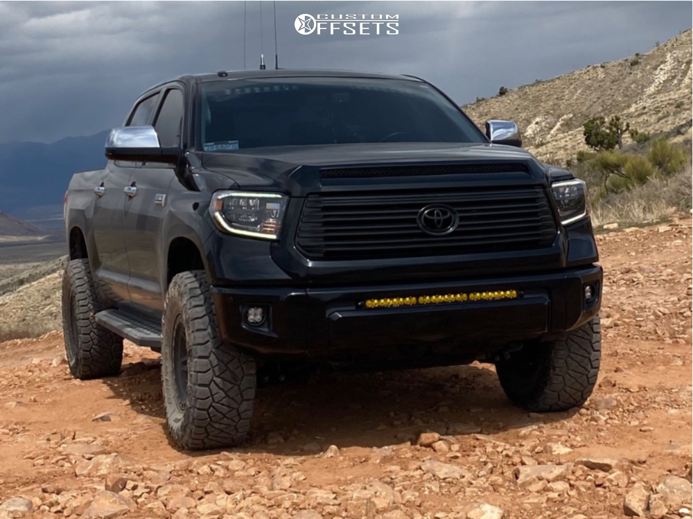 """2015 Toyota Tundra Aggressive > 1"""" outside fender on 17x9 -12 offset Method Mr312 and 35""""x12.5"""" Nitto Ridge Grappler on Suspension Lift 3"""" - Custom Offsets Gallery"""