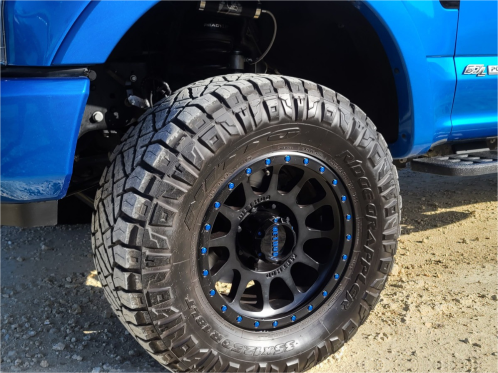 """2020 Ford F-250 Super Duty Aggressive > 1"""" outside fender on 18x9 -12 offset Method Mr305 and 35""""x12.5"""" Nitto Ridge Grappler on Leveling Kit - Custom Offsets Gallery"""