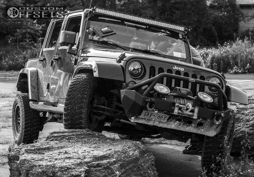 """2007 Jeep Wrangler Super Aggressive 3""""-5"""" on 17x8 0 offset Pro Comp Series 05 and 35""""x12.5"""" Hankook Dynapro MT on Leveling Kit - Custom Offsets Gallery"""