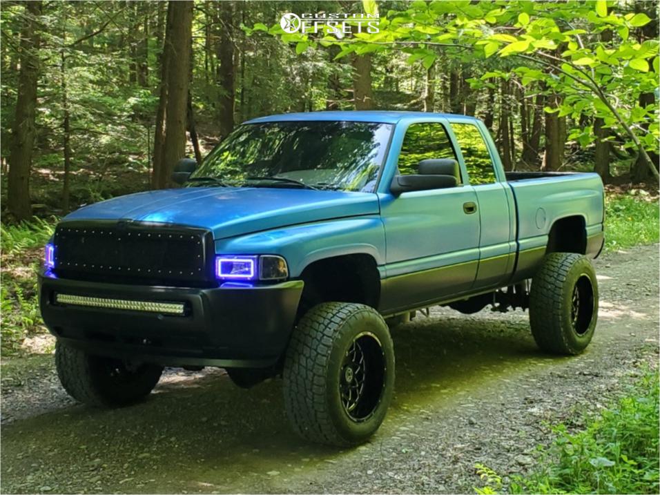 """Zone Offroad D46N D47N 5/"""" Full Suspension Lift Kit for 1994-2002 Dodge Ram 2500"""