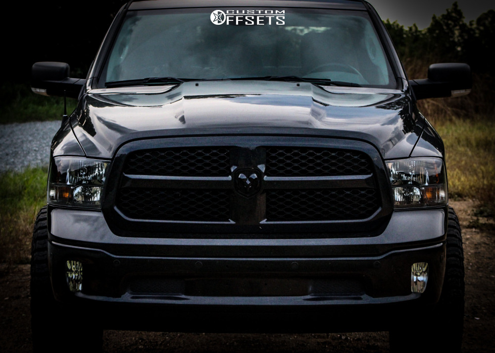 """2018 Ram 1500 Aggressive > 1"""" outside fender on 20x10 -25 offset Ultra Butcher and 35""""x12.5"""" Federal Xplora Rt on Leveling Kit - Custom Offsets Gallery"""