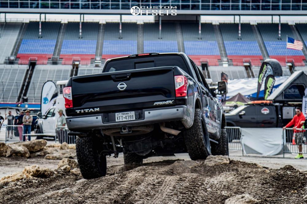 "2017 Nissan Titan Aggressive > 1"" outside fender on 20x10 -24 offset Anthem Off-Road Gunner and 35""x12.5"" BFGoodrich All Terrain Ta Ko2 on Suspension Lift 6"" - Custom Offsets Gallery"