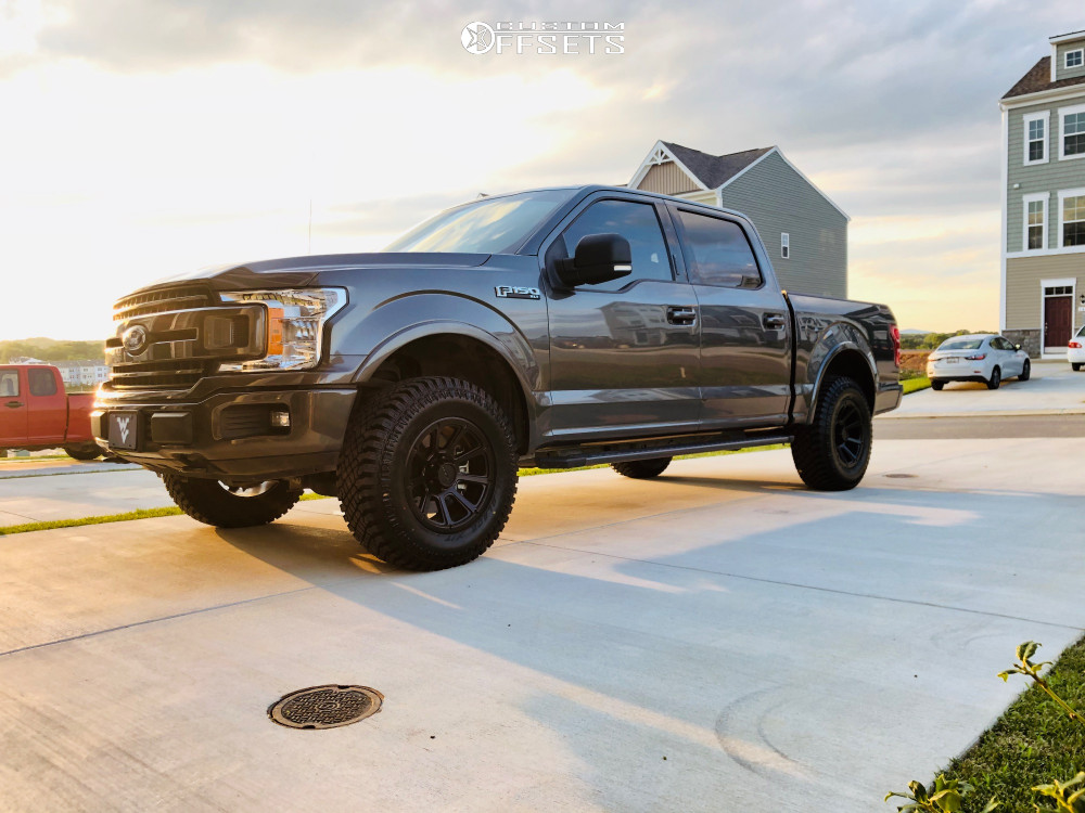 """2018 Ford F-150 Slightly Aggressive on 18x9 18 offset Vision Turbine and 33""""x12.5"""" Atturo Trail Blade Xt on Leveling Kit - Custom Offsets Gallery"""