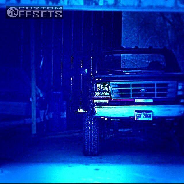 9 1995 F 350 Ford Suspension 6 Body 3 American Racing Atx Crawl Machined Accents Super Aggressive 3 5
