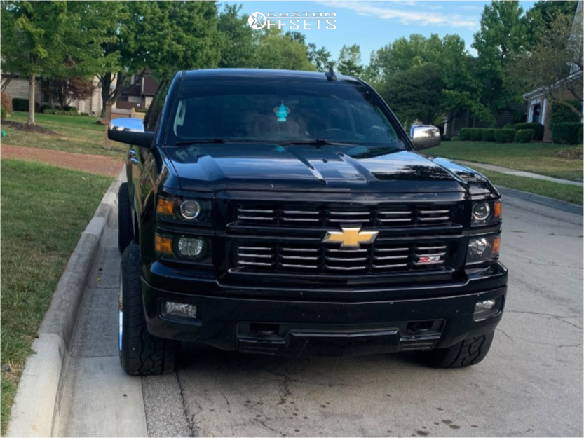 "2015 Chevrolet Silverado 1500 Aggressive > 1"" outside fender on 20x12 -44 offset Dropstars 655c and 305/50 Nitto Nt420v on Leveling Kit - Custom Offsets Gallery"