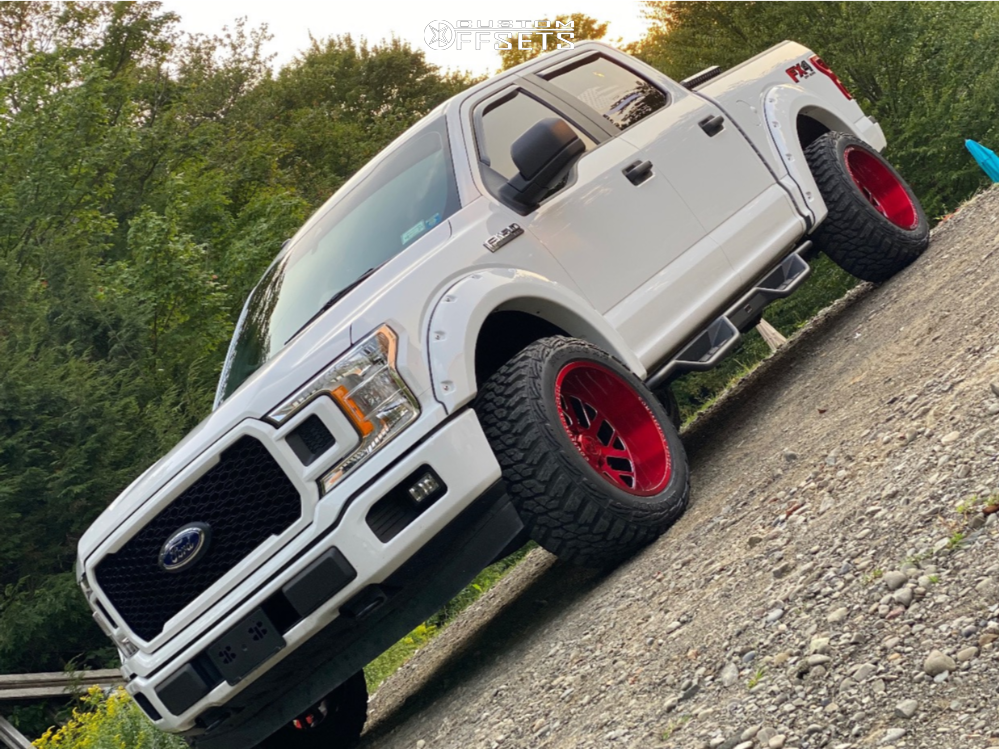 "2019 Ford F-150 Aggressive > 1"" outside fender on 20x12 -44 offset Axe Offroad Ax2.2 and 33""x12.5"" Kanati Mud Hog on Leveling Kit - Custom Offsets Gallery"